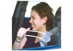 Alcanza-cinturón-de-vehículo